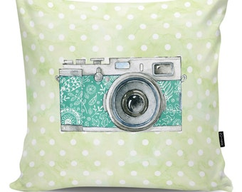 Decoartive pillow Camera green