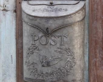Mailbox Garden Gray