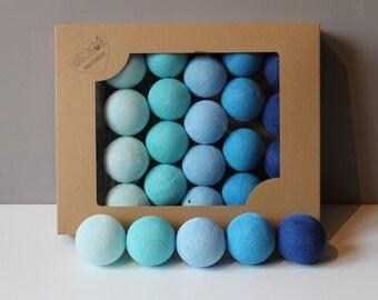 Cotton Balls Blue 35 items