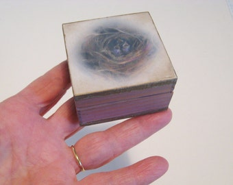 Wood Ring Box,  jewelry or trinket box, bird nest, pastel art, one of a kind, box for tiny treasures, brooch box, gift box, lavendar
