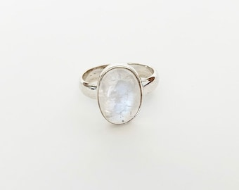 Sterling Silver Statement Oval Moonstone Ring