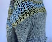 Grey wool shoulder straps with crochet spur, light short knit