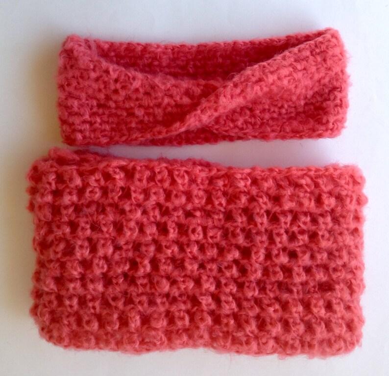Fascia e scaldacollo all uncinetto in morbida lana color  c6dcfce8451a