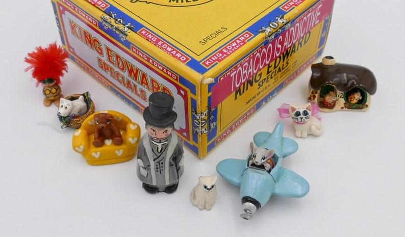 Lot of 31 Vintage Miniatures Printers Tray Figurines Ornaments