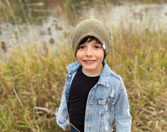 Fall/Winter Collection - green Slouchy Beanie/ green slouchy hat/toddler beanie/ hipster slouchy hat/ hipster beanie/ slouchy hat - Green