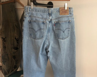 90s Vintage High Waisted Lightly Distressed Denim Forte Jeans W26\u201d