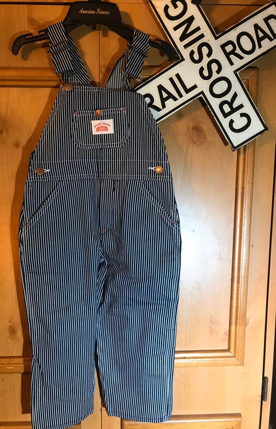 Roundhouse Deadstock sz 4 kids Hickory striped ove