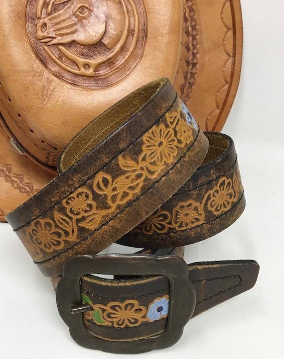 Vintage Tooled Leather Belt,vintage,vintage belt,l