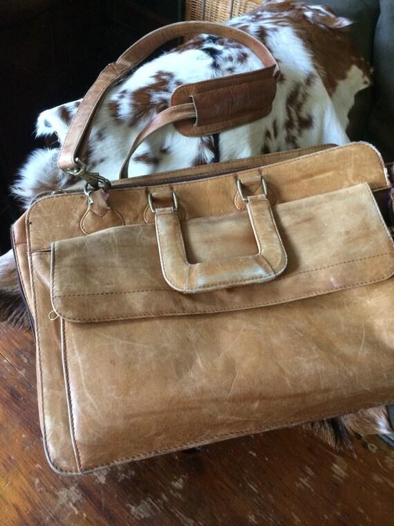 Vintage Georgetown leather 70s briefcase/messenger