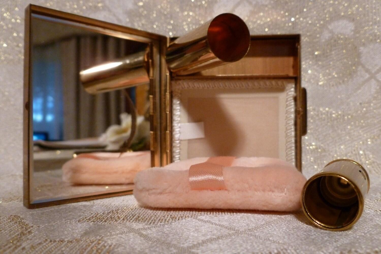 Lipstick holder with mirror australia