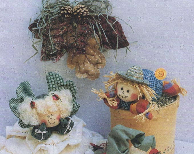 Free Us Ship HALLOWEEN Craft Sewing Pattern Unused Keeping you in Stitches HoliDay Dreamers Santa Angel Scarecrow Dolls 1992 Donna Kozera