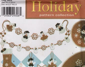 Simplicity 4385 Free Us Ship Craft Sewing Pattern Christmas  Snowman Woman Garland Ornaments Snowflake Church Uncut New Holiday Decorating