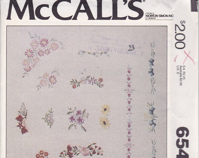 Free Us Ship McCall's 6546  Embroidery Floral Flower motifs Craft Sewing  Sewing Pattern Vintage Retro 1970s 70s Factory Folded