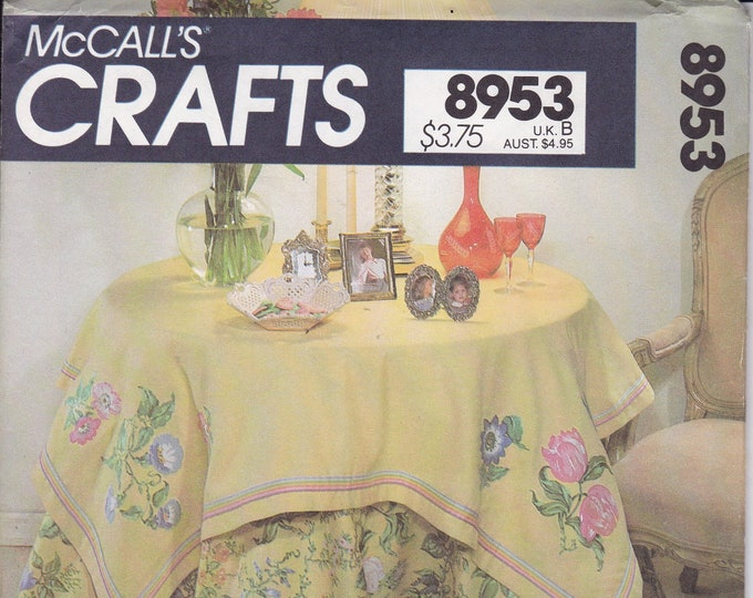 FREE US SHIP McCall's 8953 Sewing Pattern 24 Page Booklet to make 9 Tablecloth & Matching Toppers.Bedroom Kitchen Home Decor 1980's