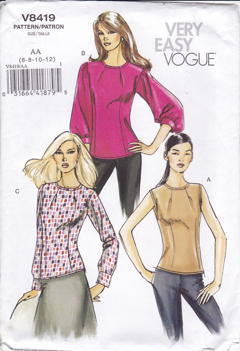 Sewing Pattern for Misses  Top Pleat Tuck Darts at Neckline image 0