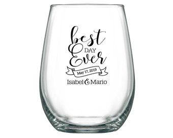 Barn Wedding Wine Glasses Personalized Wine Glasses 17oz Stemless Glasses Personalized Wedding Favors Boho Wedding Decor Best Day Ever 2A