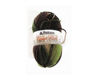 1 Skein Patons Classic Wool Yarn, Forest, Color No. 77014, 100% Wool 100 grams, 223 yards, Medium 4 Weight, Knit, Crochet, Felting