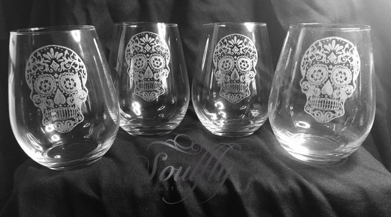 SUGAR SKULL stemless wine glass etched engraved image 0