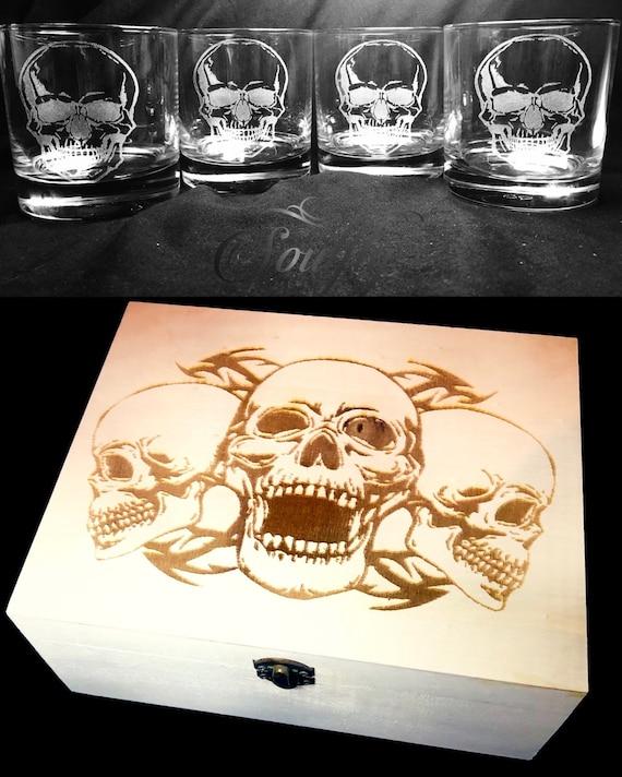 SKULL GIFT set, engraved, etched, wooden box, personalised, 4 whisky glasses, gift, men, wood, goth, biker, wedding, rock, horror, groom,