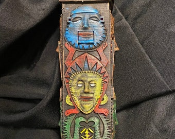 Tiki Totem with faces inspired by the Enchanted Tiki Room Great Holiday Christmas Gift