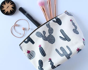 Cactus Makeup Bag, Waterproof Cosmetic Bag, Travel Bag, Make Up Bag, Canvas Toiletry Bag,