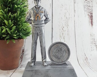 Navy Seaman Resin Statue - FREE ENGRAVING - Retirement Gift - Promotion Award - Military Trophy
