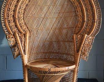 Vintage Wicker Cobra Style Peacock Chair/ Fan Back chair/ Local P/U  Chicago area or your shipper!