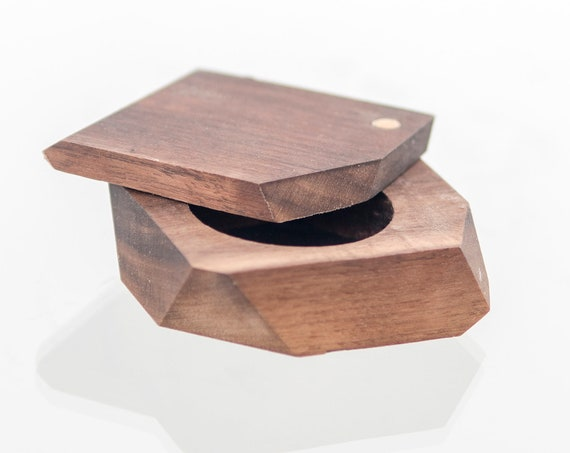 Handcrafted log wood ring box. Personalized proposal wooden ring box. Walnut wood jewelry box handmade in Montreal