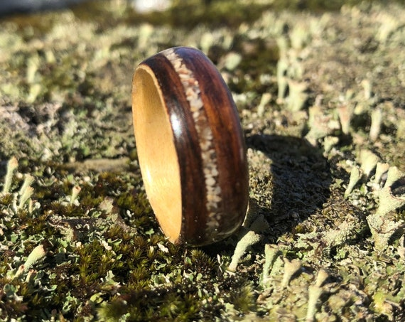 Mens Wedding band,, Miami beach sand engagement ring - A personalized recycled wood promise ring - Handcrafted in Montréal