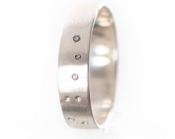 """Silver """"Great Bear"""" constellation wedding ring with 7 diamonds inlay - An original ring made of silver 925 - Handcrafted in Canada"""