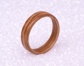 Men's Wedding bands, OAK,  Whiskey barrel ring, Handmade in Montreal Canada