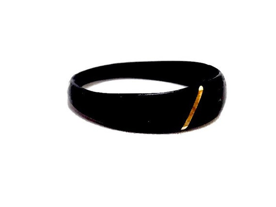 Black ebony ring inlaid with 14k gold - A wedding ring with recycled wood - Personalized gift, handmade in Canada