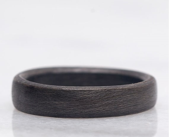 Wood wedding anniversary ring - A recycled gray maple wood ring from Canada - A personalized love ring - Handcrafted in Montréal