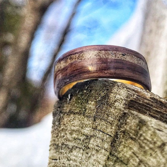 Valentine's day gift ring : handcrafted wood ring and concrete from Old Port of Montreal. Personalized gift handmade in Canada