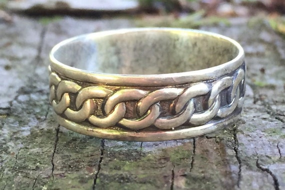Celtic silver ring - A 925 silver men's ring to offer - Handcrafted in Canada