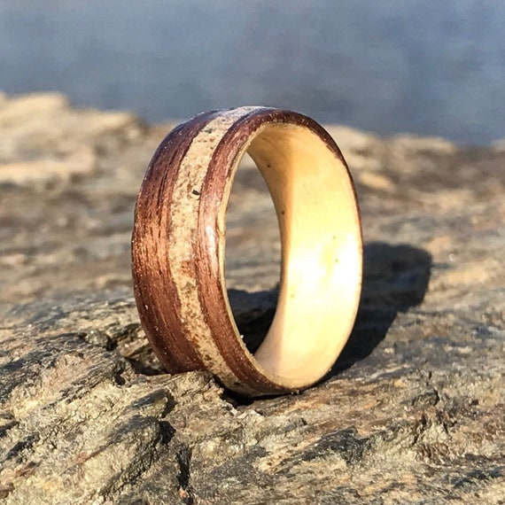Personalized concrete ring - Unique wood ring with concrete from Old Port of Montreal-  Eco responsible wedding ring handmade in Canada