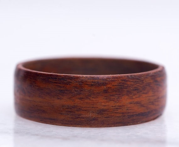Wooden engagement ring - Minimalist wood engagement ring made of Brazilian rosewood - Women engagement ring, to personalize