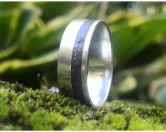Meteorite Ring, Authentic Meteorite Dust, Personalized meteorite wedding ring handmade in Canada