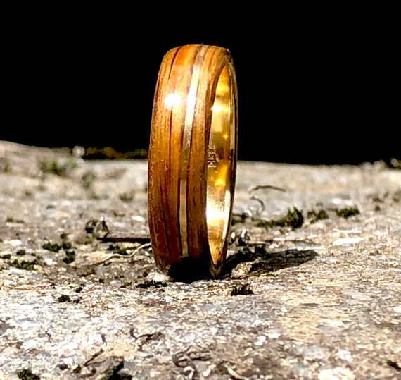 Handcrafted Whiskey barrel engagement ring, An original band with oak wood. Personalized gift for Valentine's Day, handmade in Canada