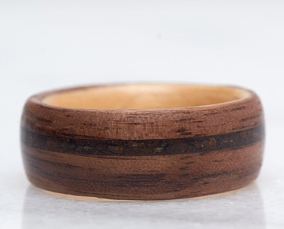 Meteorite ring with meteorite stone - A raw stone and wood band handmade in Montréal - A personalized love ring