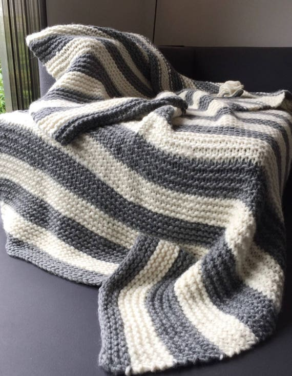sale! -20% Chunky knit blanket. Made with Norwegian wool. Warm, soft and fluffy in natural grey and white stripes. Full sized.