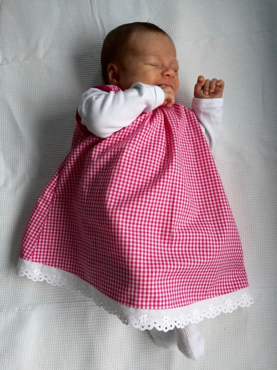 Sale! -20% Pink and white gingham new born baby dress, hand made