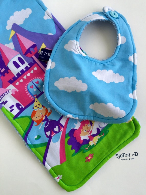 Princesses, horse and cloud themed two-piece new born baby bib set.