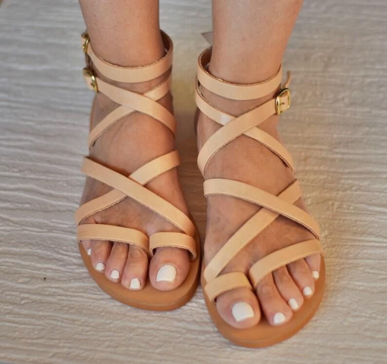 201ef7aa375068 Sexy beige sandals Belladonna in Spartan design.