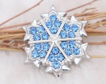 6e911379f2 Snowflake snap charm | Etsy