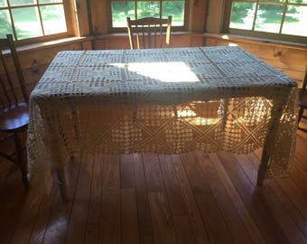 Patterned Tatted Lace Tablecloth