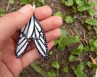 White butterfly wing earrings, feather earrings, bridal earrings, wedding earrings, butterfly wing earrings, white bridesmaid earrings