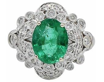 18 Karat White Gold 2.47 Carat Emerald & Diamond Cocktail Ring Size 6.5