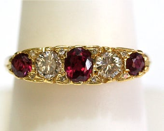 Vintage Diamond/Ruby Filigree Band Ring in 14kt Yellow Gold
