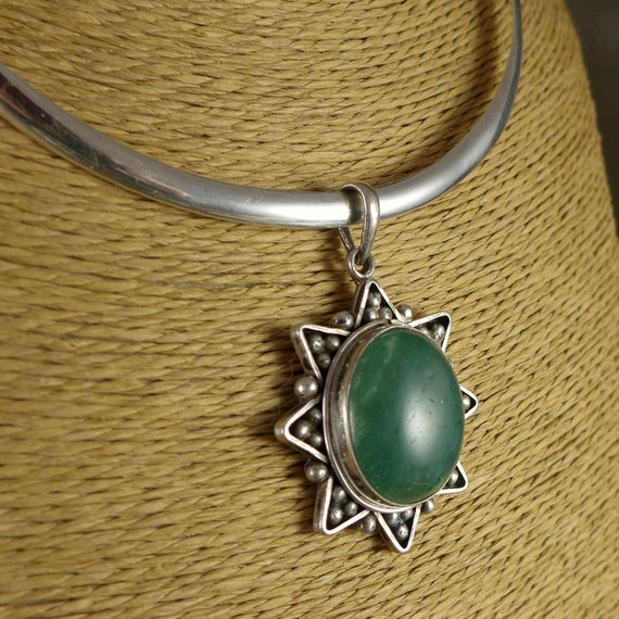Handmade Sterling Silver Green Agate Jade Spiky Fan and Swarovki Crystal Necklace